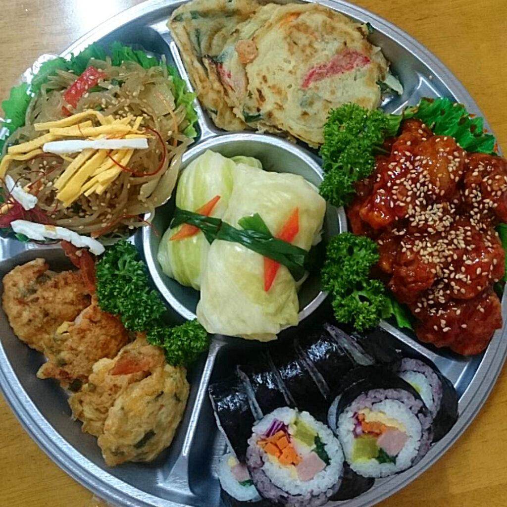 サランチェの韓国料理のオードブル